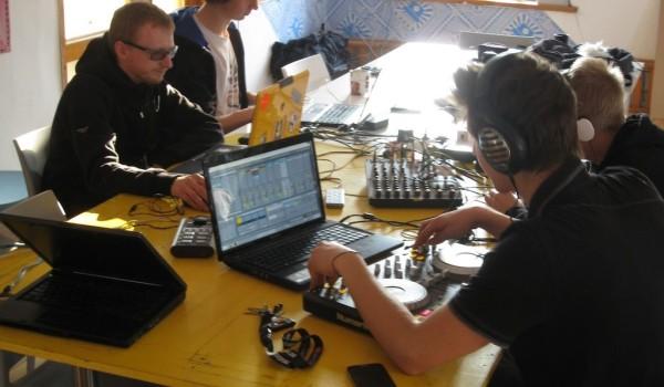 Laboratorium dźwięku  w Instytucie Kultury Miejskiej w  Gdańsku